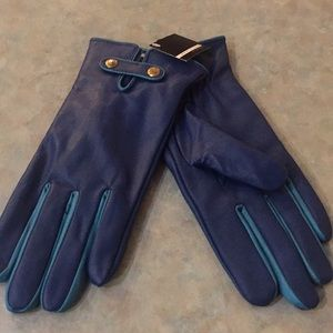 Attitude blue leather gloves